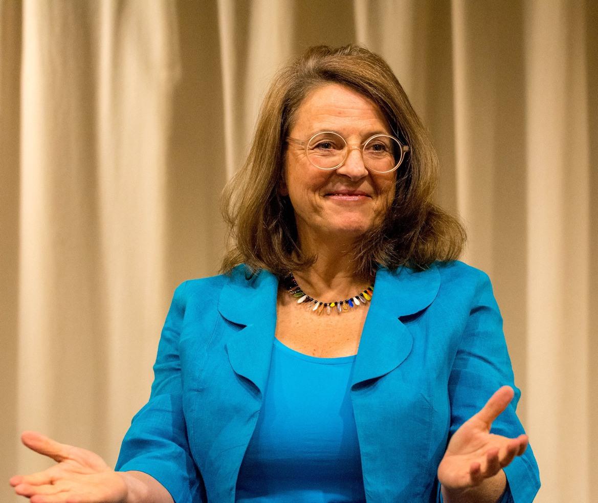 Sybilla Pütz beschrieb den Wert des freien Erzählens und auch den Mut, der dazu gehört.
